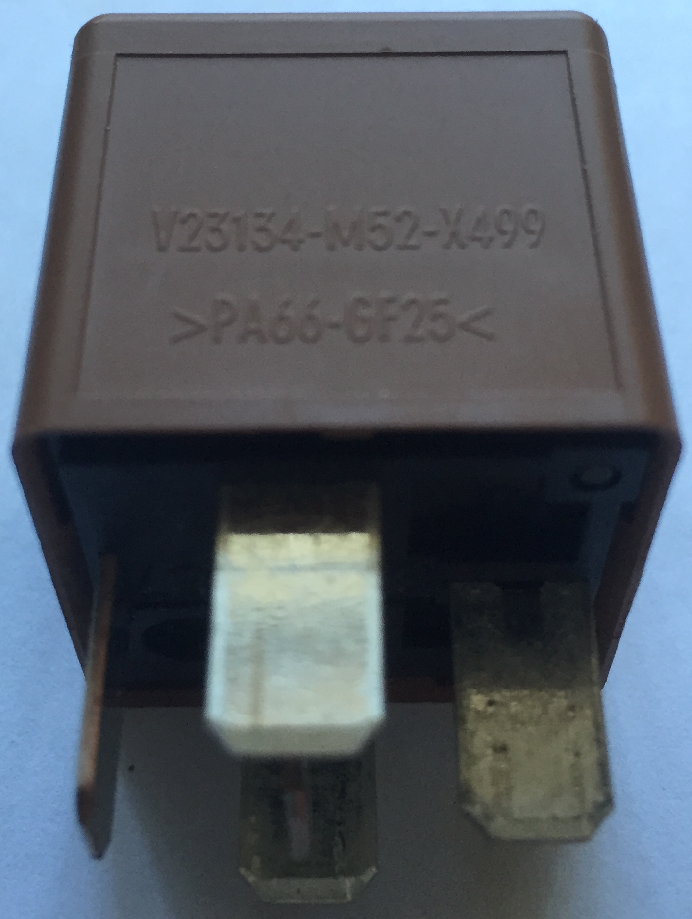 13500115, Relay, multi-use, brown GM part