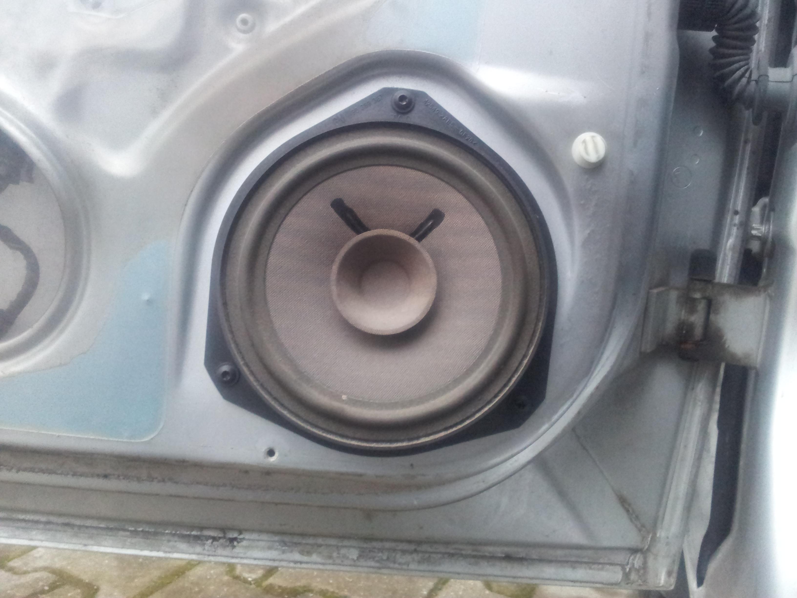 90389367, Speaker, assembly, front door, 40w, 154mm diameter GM part